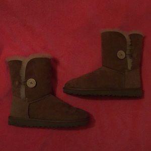 UGG women's short boot